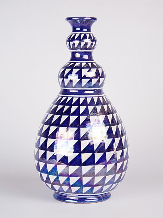 Vaso a bottiglia con decoro punta di diamante (H 33)