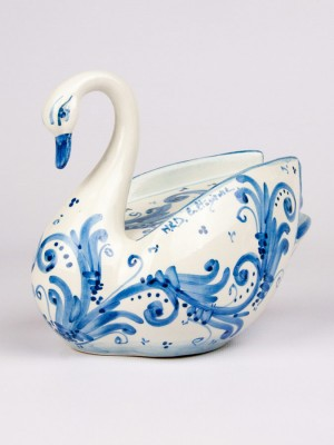 Big swan (H 15)