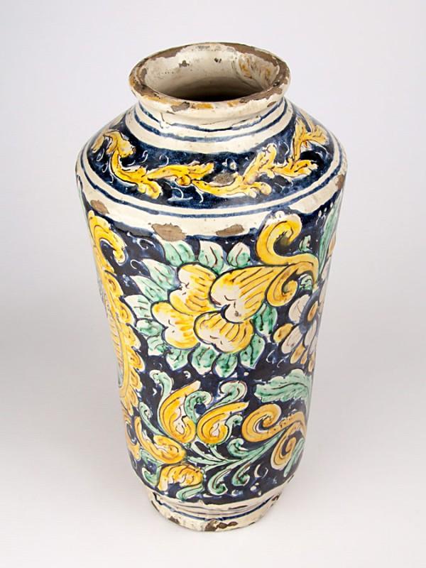 Vaso ad albarello anticato con busto di bambino (Tir. Limitata) (H 41) Vasi - CeramicArt Caltagirone