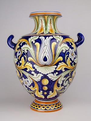 Vaso biansato con decoro ornato (Tir. Limitata) (H 46)