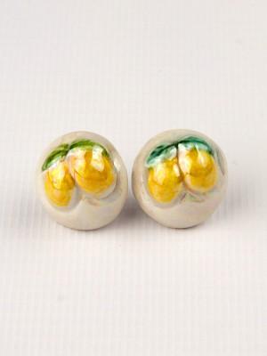 Orecchini a mezza sfera in maiolica con limoni a rilievo