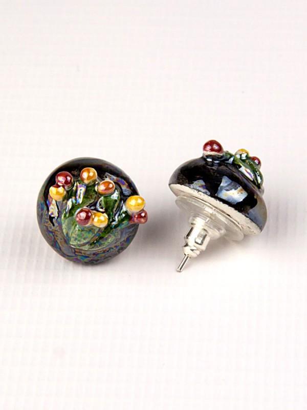 Orecchini a mezza sfera in maiolica con fico d india a rilievo Bigiotteria - CeramicArt Caltagirone