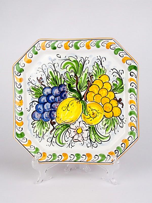 Piatto ottagonale con decoro Frutta (Ø 33) Piatti Ornamentali - CeramicArt Caltagirone