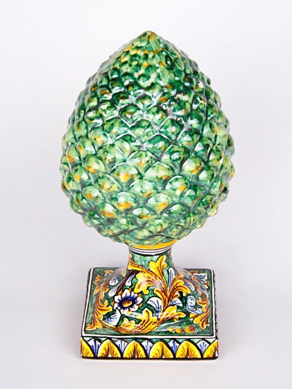 Pigna classica decorata a foglie d'acanto (H 30) Oggettistica - CeramicArt Caltagirone