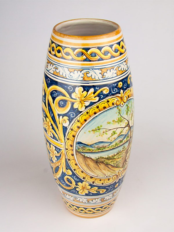 Vaso con decoro ornato e paesaggio (Tir. Limitata) (H 43) Vasi - CeramicArt Caltagirone