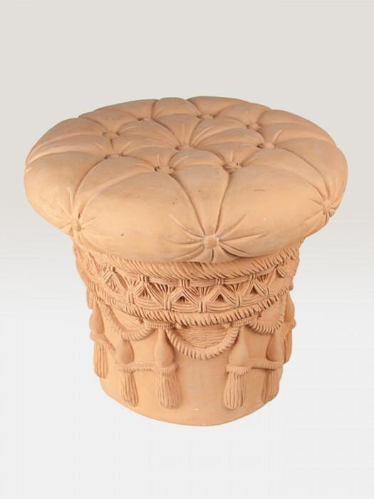 Sedile cilindrico con merletti e orlature rinascimentali (Ø 52)