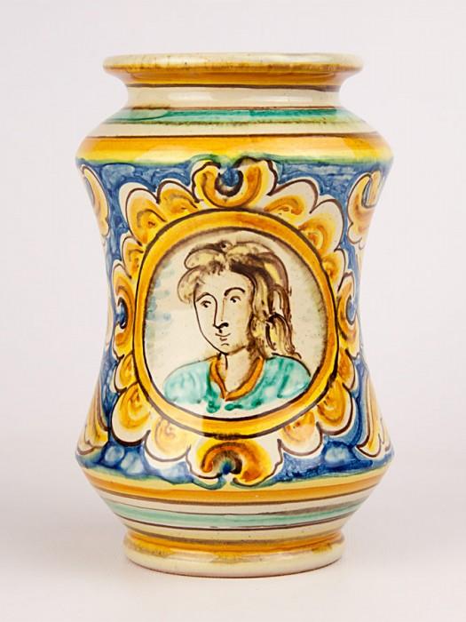 Vaso ad albarello con busto maschile a decoro '700 (Tir. Limitata) (H 20)